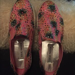 Steve Madden slip on for girls